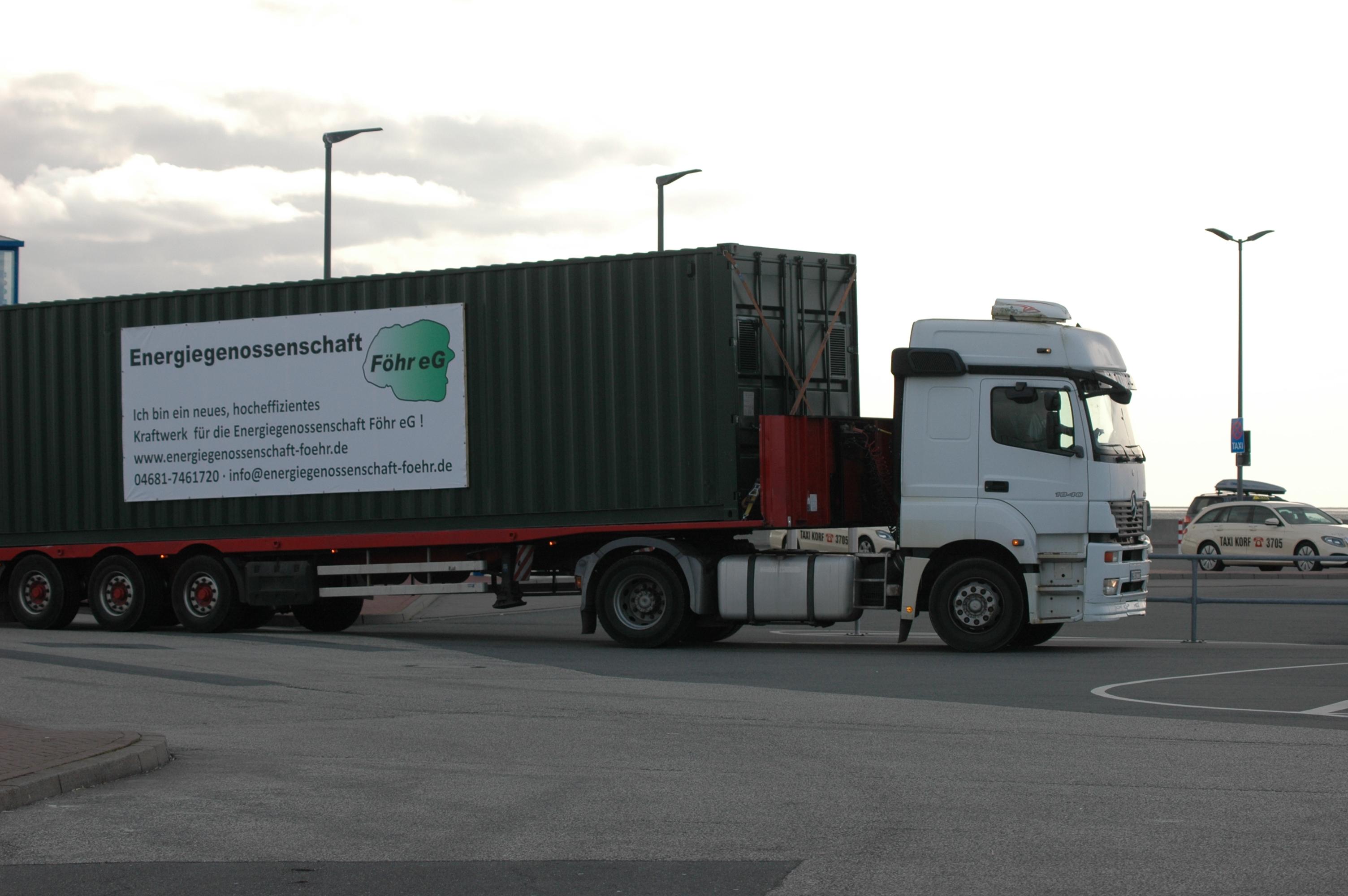 Container mit den Gasthermen für Oldsum